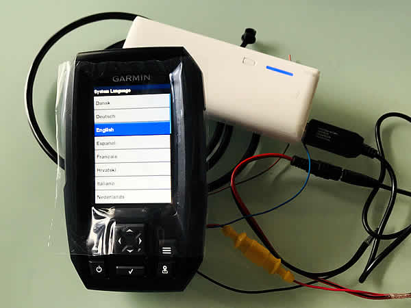モバイルバッテリーでガーミンの魚群探知機