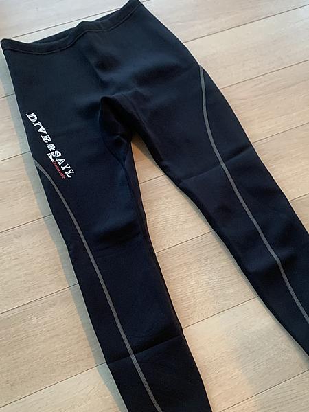 カヤックフィッシングで使用するウェットスーツのズボン・パンツ